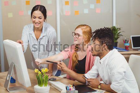 Gente de negocios disfrutar saludable almuerzo oficina hombre Foto stock © wavebreak_media