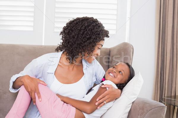 Foto stock: Bastante · mãe · sessão · sofá · filha · casa