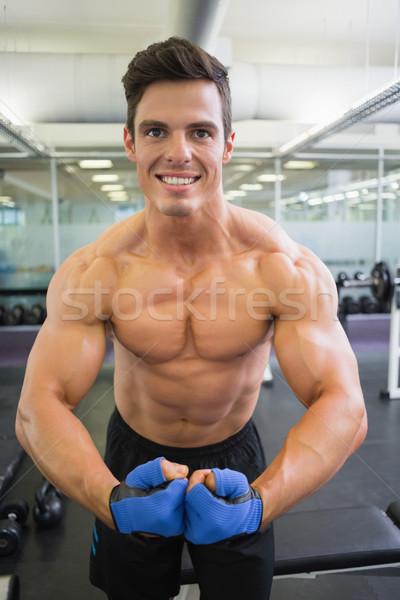 シャツを着ていない 筋肉の 男 筋肉 ジム 肖像 ストックフォト © wavebreak_media