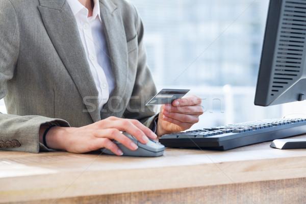 üzletember illetmény kredit autó internet hitelkártya Stock fotó © wavebreak_media