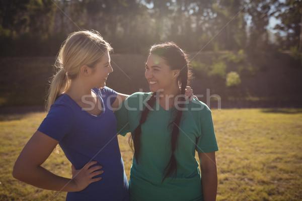 счастливым друзей другой загрузка лагерь Сток-фото © wavebreak_media