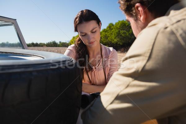 женщину человека дороги автомобиль Сток-фото © wavebreak_media