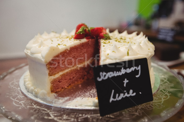 Közelkép epertorta torta bolt kávézó tányér Stock fotó © wavebreak_media