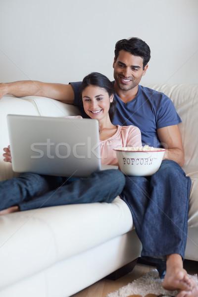 портрет пару смотрят фильма еды попкорн Сток-фото © wavebreak_media