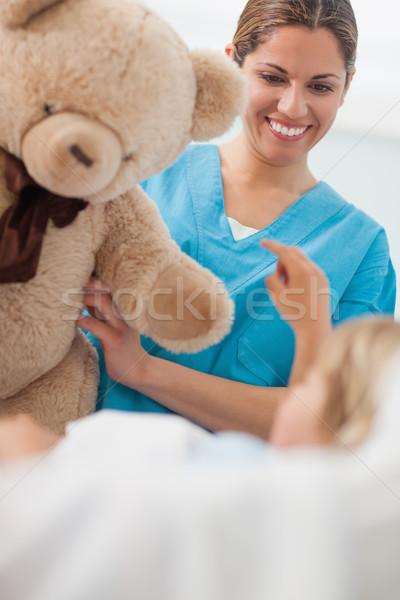 Mutlu hemşire oyuncak ayı hastane tıbbi Stok fotoğraf © wavebreak_media