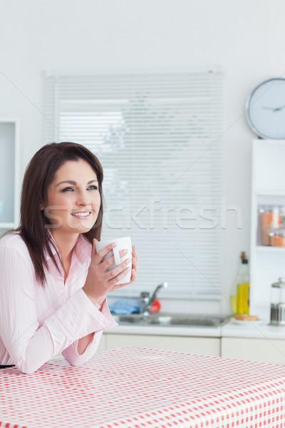 Boldog nő külső messze kávéscsésze kezek Stock fotó © wavebreak_media