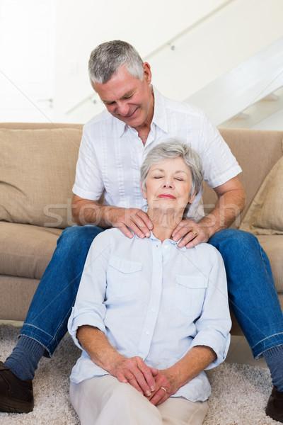 Man senior vrouw schouder home Stockfoto © wavebreak_media