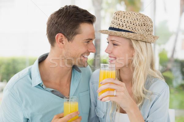 Heup drinken sinaasappelsap samen cafe Stockfoto © wavebreak_media