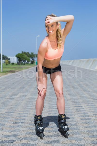 Geschikt blond promenade voorjaar gezondheid Stockfoto © wavebreak_media
