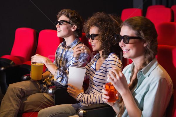 Genç arkadaşlar izlerken 3D film sinema Stok fotoğraf © wavebreak_media