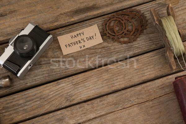 Kâğıt mutlu babalar günü metin dişliler kamera tablo Stok fotoğraf © wavebreak_media