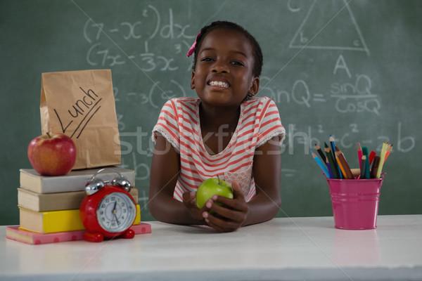 女学生 緑 リンゴ 肖像 子 ストックフォト © wavebreak_media