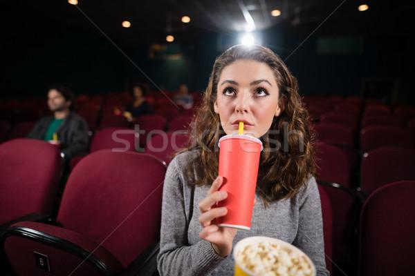 Genç kadın izlerken film tiyatro adam film Stok fotoğraf © wavebreak_media