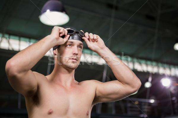 Pływak pływanie okulary ochronne cap basen Zdjęcia stock © wavebreak_media
