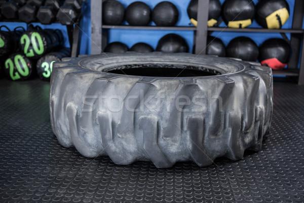 Kauçuk lastik spor salonu zemin uygunluk eğitim Stok fotoğraf © wavebreak_media