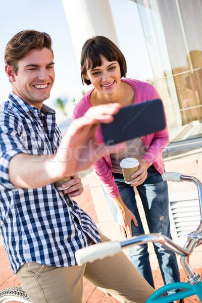 счастливым пару кофейные чашки компьютер женщину Сток-фото © wavebreak_media