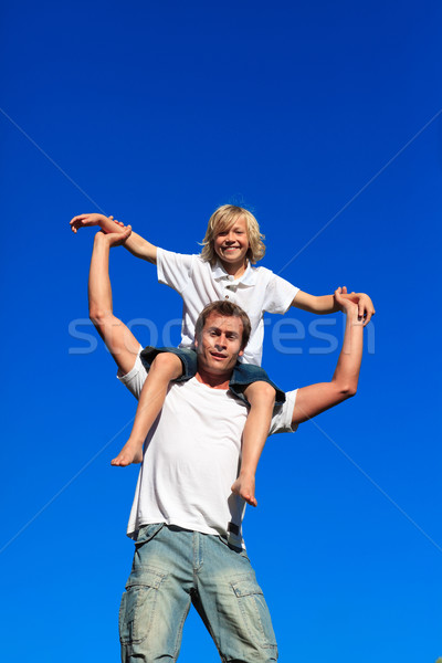 父 ピギーバック 青空 笑顔 愛 ストックフォト © wavebreak_media