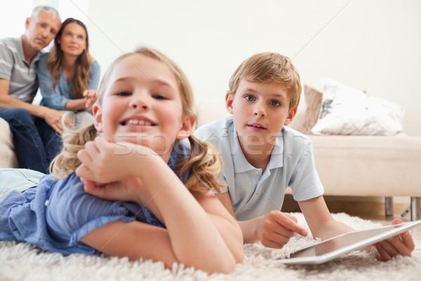 счастливым детей родителей гостиной любви Сток-фото © wavebreak_media