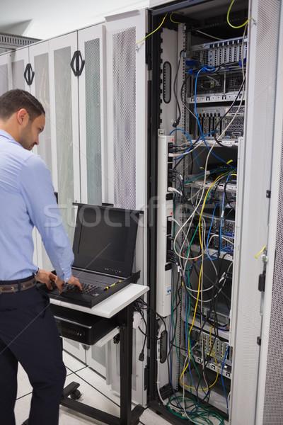 男 サーバー データ センター コンピュータ ストックフォト © wavebreak_media