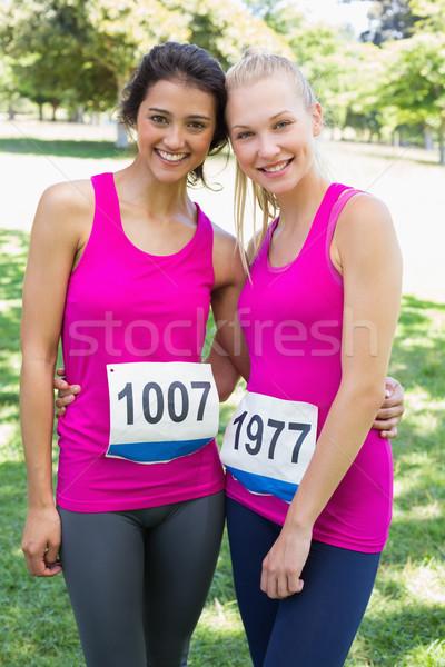 önkéntesek mellrák maraton portré gyönyörű női Stock fotó © wavebreak_media
