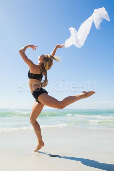 Caber saltando cachecol praia Foto stock © wavebreak_media
