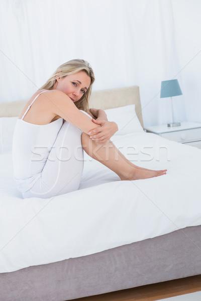 Infelice stomaco dolore letto home Foto d'archivio © wavebreak_media
