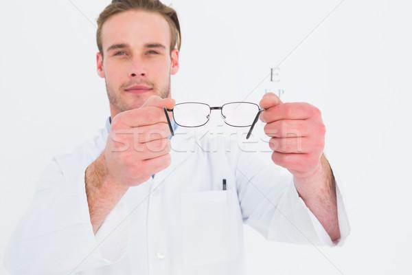 óptico gafas examen de la vista blanco médico Foto stock © wavebreak_media