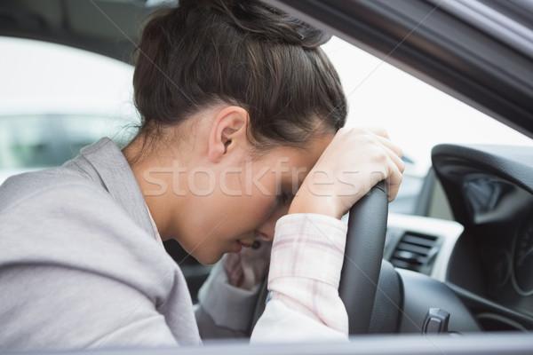 Mulher adormecido roda carro feminino estilo de vida Foto stock © wavebreak_media
