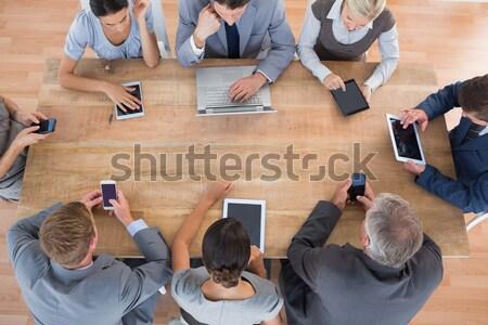 бизнес-команды рабочих мультимедийные служба женщину Сток-фото © wavebreak_media