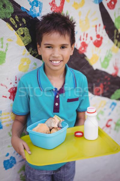 Portret gelukkig schooljongen maaltijd dienblad Stockfoto © wavebreak_media