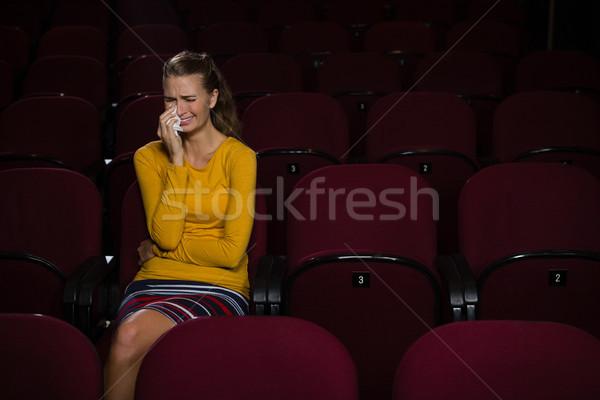 Kadın ağlayan izlerken film tiyatro film Stok fotoğraf © wavebreak_media