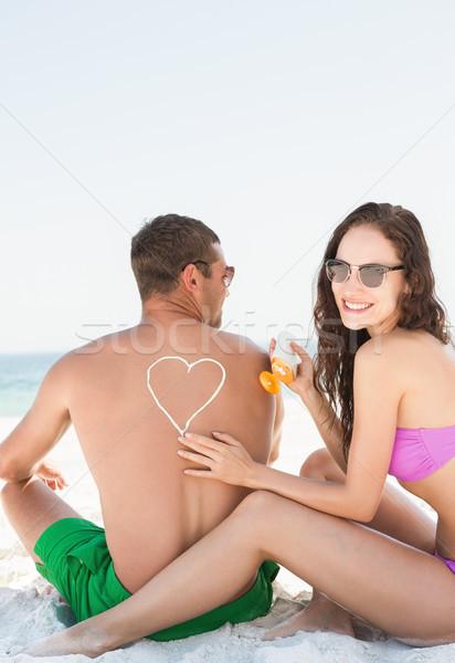Vriendin zon room vriendje strand Stockfoto © wavebreak_media