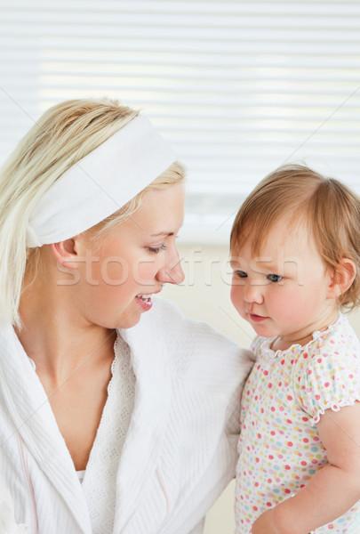 Glück Mutter spielen Tochter Bad Frau Stock foto © wavebreak_media