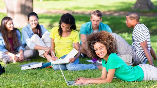グループ 学生 勉強 キャンパス 肖像 幸せ ストックフォト © wavebreak_media