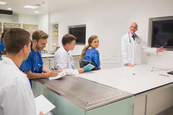 Orvosi tanár tanít fiatal diákok egyetem Stock fotó © wavebreak_media