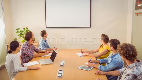 Attento squadra di affari presentazione ufficio computer uomo Foto d'archivio © wavebreak_media