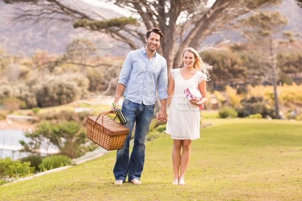 Aranyos pár randevú sétál park portré Stock fotó © wavebreak_media