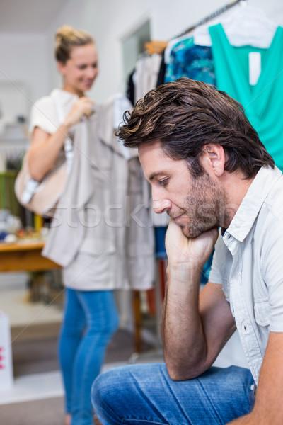 退屈 男 座って ガールフレンド 服 ストア ストックフォト © wavebreak_media