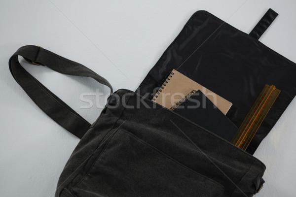 Organizatör ölçek çanta beyaz siyah Stok fotoğraf © wavebreak_media