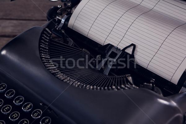 Vintage schrijfmachine houten tafel papier technologie Stockfoto © wavebreak_media