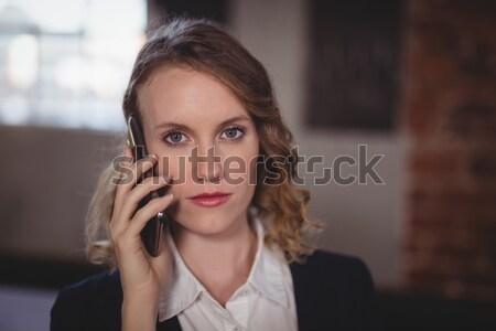 портрет молодые красивой женщины редактор говорить Сток-фото © wavebreak_media