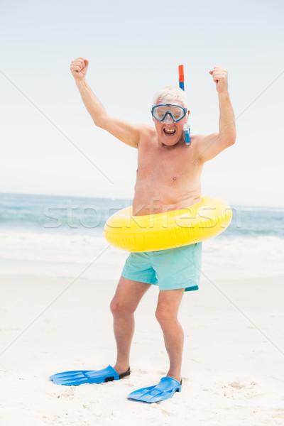 Stock fotó: Idős · férfi · úszik · gyűrű · tengerpart · napos · idő