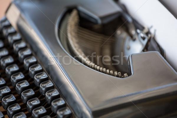 Estrema view macchina da scrivere desk computer Foto d'archivio © wavebreak_media