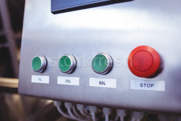 Durdurmak düğme makinalar bira fabrikası teknoloji Stok fotoğraf © wavebreak_media