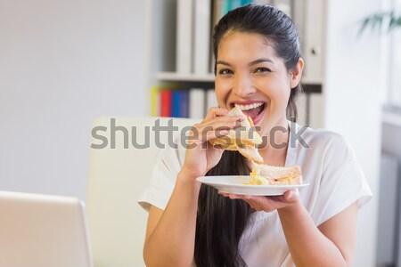 幸せ 女性 食べ 甘い デザート ベッド ストックフォト © wavebreak_media