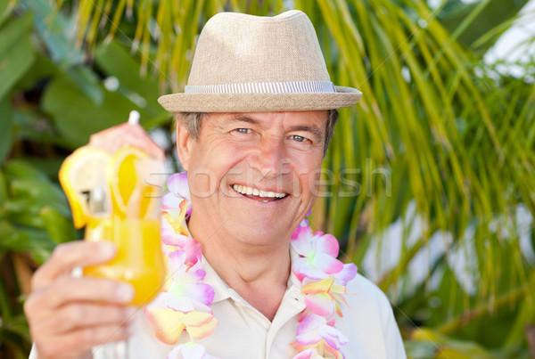 Homme mûr potable cocktail soleil homme été Photo stock © wavebreak_media