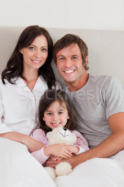 Portret ouders poseren dochter slaapkamer familie Stockfoto © wavebreak_media