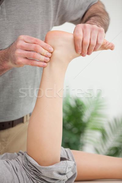 Masseur pees kantoor handen medische Stockfoto © wavebreak_media