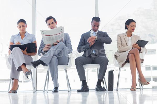 Poczekalnia ludzi biznesu biuro okno piśmie nogi Zdjęcia stock © wavebreak_media