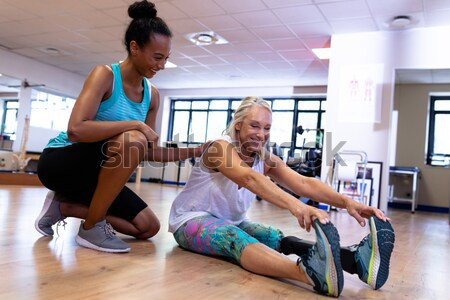 Personal Trainer arbeiten Client Ausübung Sport Körper Stock foto © wavebreak_media